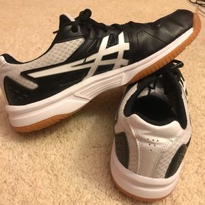 women's asics volleyball shoes